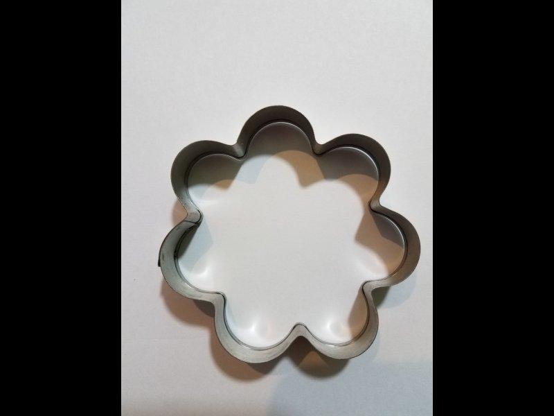 Flor para galletitas- 7.5 cm de diámetro