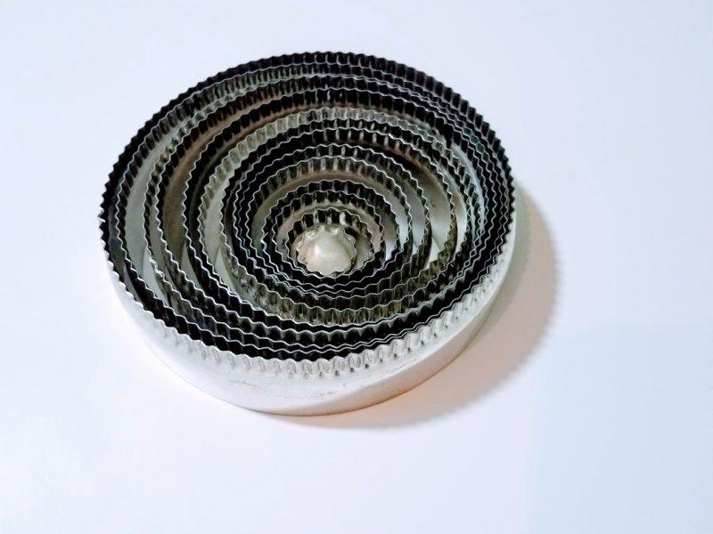 Redondos Combinados( corta de ambos lados,liso y rizado) de 2 cm a 15 cm de diametro x 4 cm de alto